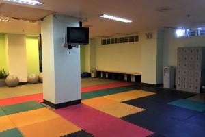 Monolにあるヨガ教室。リフレッシュする施設には力を入れてます。