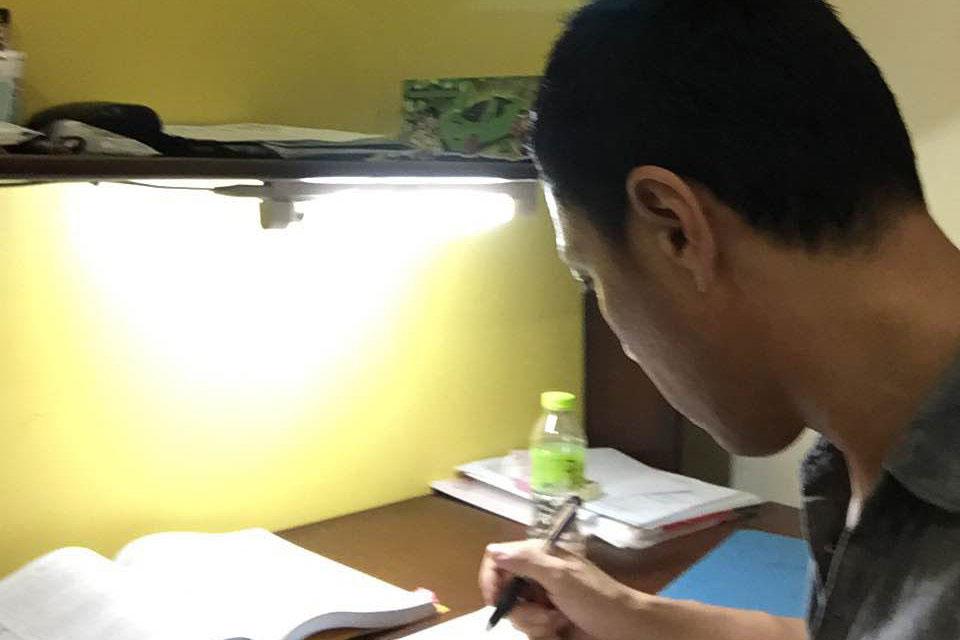 セブで評判のMDL体験談、英語の自主学習の風景