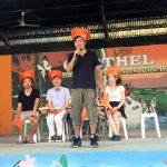 フィリピンの学校を35個見て、CNE1、HELPマーティンス校、Howdy、コロンブス、b.E.Campが印象に残った。