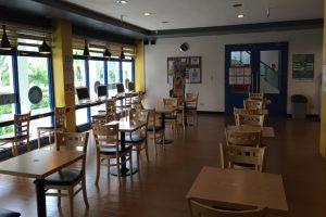 ブルーオーシャンのカフェは自習室