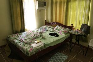 ドゥマゲテの英語実践学校DETiの1人部屋