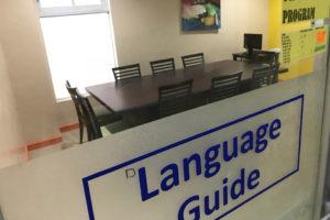 セブ島のZA Englishマボロ校のグループクラスの教室