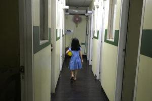 アイビーの生徒は、韓国人の子供から大学生までが多い。親子留学している韓国人の母親もいます。